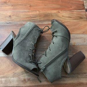 Mix no. 6 Camona Sandal Heels